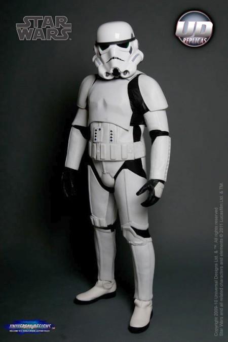 st1 450x675 Stormtrooper Motorcycle Armor!