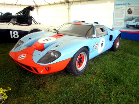 Ford GT40 Replica 450x337 Worlds fastest chicken farmer dead at 89