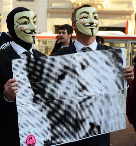 Anons supporting Bradley Manning 450x483 US worked round the clock to stop WikiLeaks