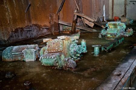 constrrusfleet001 21 450x299 Abandoned Russian naval base